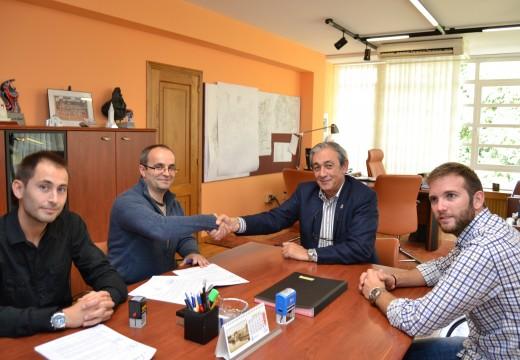 O Concello asina un novo convenio de colaboración co Club Baloncesto Cambre