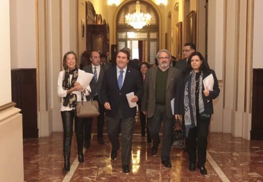 O pleno aproba o Presuposto Municipal de 2015, que reforzará a posición da Coruña como a cidade máis social, dinámica e investidora de Galicia