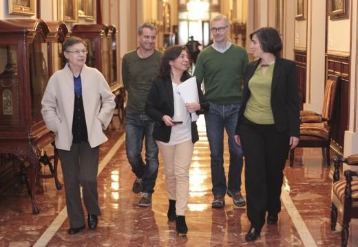 O Concello pon en marcha o primeiro carril bici urbano entre Monelos e a Universidade dá Coruña