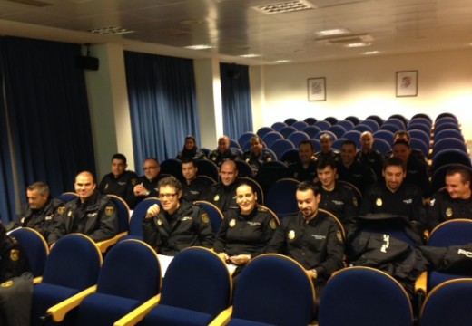 Comeza na AGASP o curso de mediación policial para o Corpo Nacional de Policía