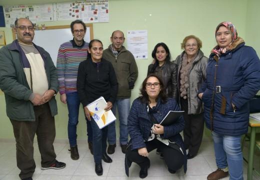 Dezaseis persoas inmigrantes concluíron un Obradoiro de Integración organizado polos Servizos Sociais de Riveira