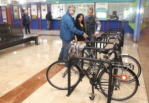 O Concello pon en marcha máis de 40 novos puntos de estacionamento de bicicletas con capacidade para 300