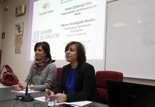Igualdade remata en Santiago a rolda de cursos de formación para previr a violencia de xénero en redes sociais e smartphones