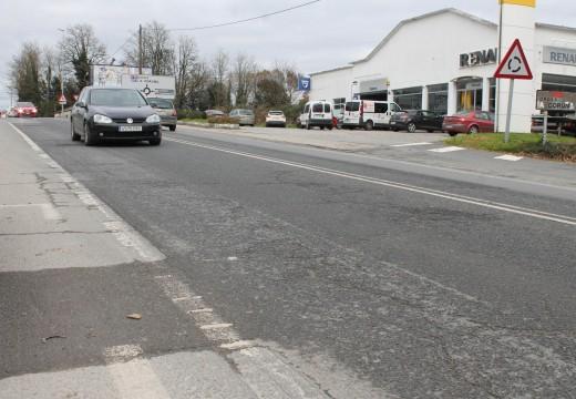 Fomento compromete co alcalde de Oroso a reparación dos viais de servizo da N-550 ao seu paso polo municipio
