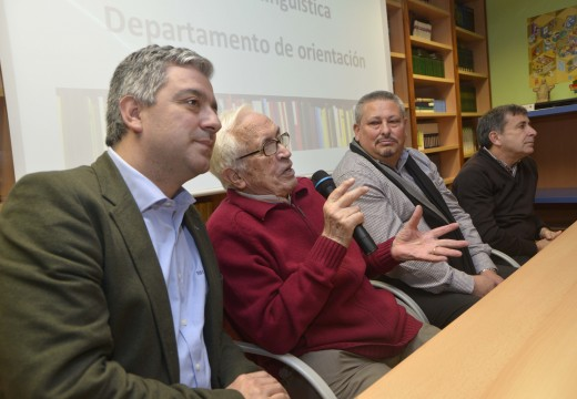 Lección de vida de Xosé Neira Vilas no Centro Integrado de Formación Profesional