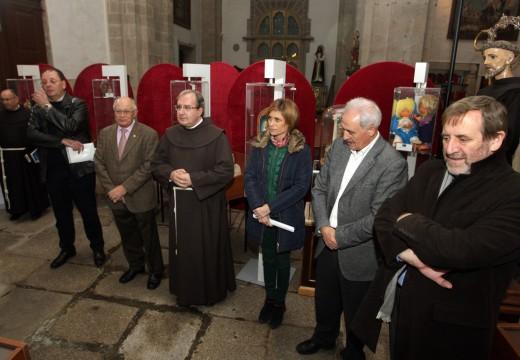 Turismo de Galicia instala na Catedral de Santiago un Belén artesanal de 50 m2 e máis de 550 pezas talladas á man