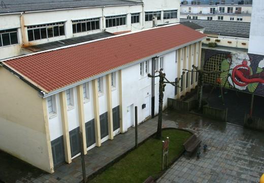 O Concello de Ordes remata as labores de arranxo do tellado da antiga escola unitaria