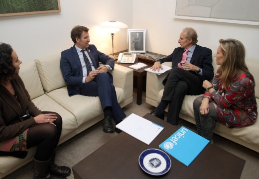 Feijóo reúnese cos responsables de Unicef e garante o apoio da Xunta á defensa dos dereitos dos menores
