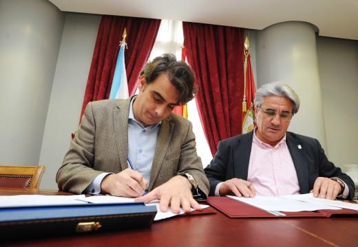 A Deputación formaliza a achega de máis de 191.000 euros da Deputación para reformar a praza de Ameán, en Boiro