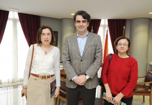 A Deputación da Coruña volve colaborar con Farmamundi para mellorar a atención médica nos países latinoamericanos