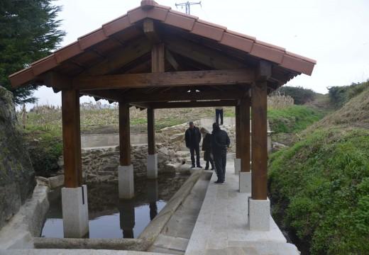 Conclúe a restauración do antigo lavadoiro de Vixán, punto de interese da futura ruta de sendeirismo circular de Carreira