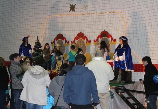 Uns cincocentos veciños e veciñas participaron no Festival de Reis do Concello de Lousame