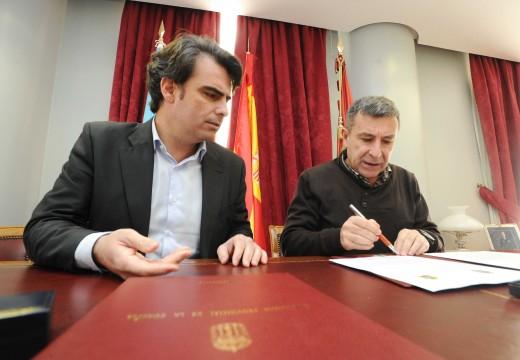 Diego Calvo formaliza o compromiso da Deputación da Coruña co novo viveiro de empresas de Ribeira