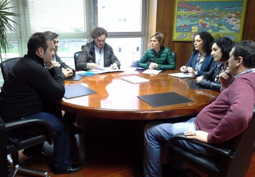 Turismo de galicia celebra unha reunión para impulsar a potenciación do sector turístico na Costa da Morte