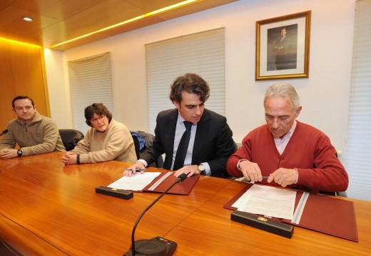 A Deputación da Coruña asume en solitario a reforma do entorno do Campo de Fútbol Municipal de Mugardos