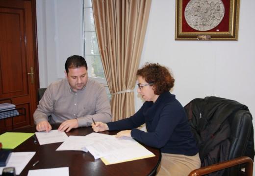 O Concello de Frades tramitará os cambios de domicilio nos rexistros de Condutores e de Vehículos da DGT, polo que os veciños xa non terán que desprazarse ata Santiago