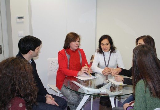 Igualdade e Colexio Oficial de Psicoloxía de Galicia reúnense no CRI para coordinar a atención ás vítimas de violencia de xénero