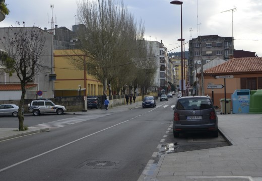 O Concello de Riveira activa unha actuación para regular por semáforo a avenida Miguel Rodríguez Bautista nos cruces con Canarias e Mariño de Rivera