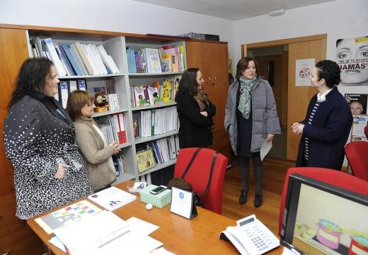 A Xunta e concello de Coirós manteñen a súa colaboración no Centro de Información á Muller