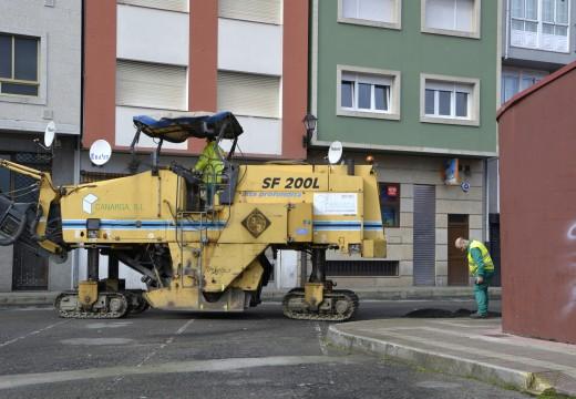 Pavimentación das rúas e prazas situadas no entorno do Auditorio de Riveira