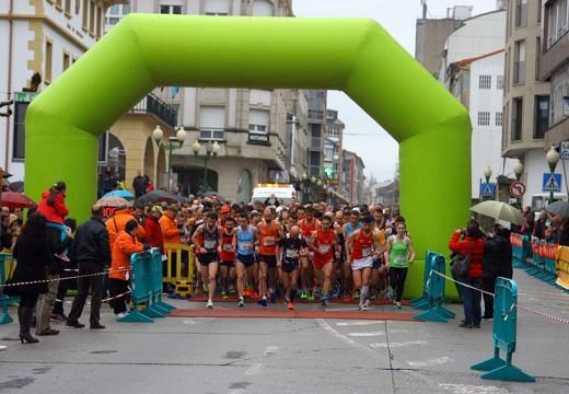 A campiona nacional María Jesús Gestido e David Santos reinan no podio da XX Carreira Popular de Ordes