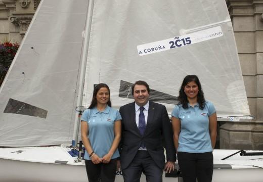 O alcalde asina con Sofía Touro un convenio para que promova o 120 aniversario da primeira exposición de Picasso na Coruña