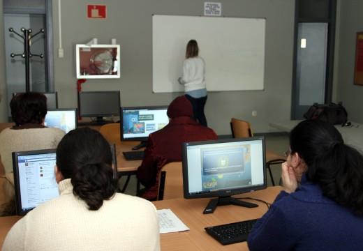 Andaina Pro Saúde Mental inaugura en Ordes o seu curso de informática
