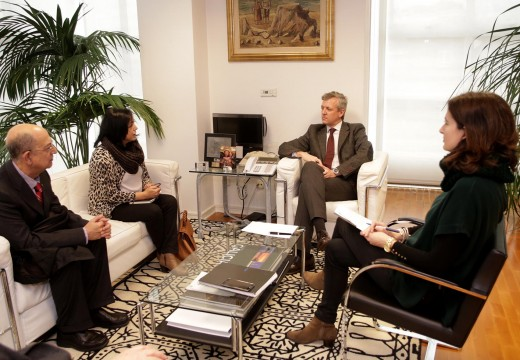 Rueda mantivo unha xuntanza coa presidenta do Colexio Oficial de Xestores Administrativos de Galicia