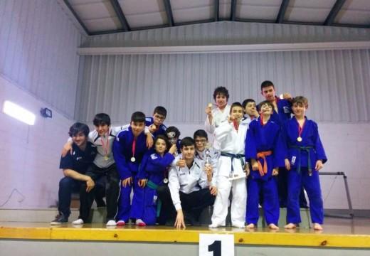 O Judo Club Cambre proclamouse Campión na liga Ferrolterra en cat. Sub15 e subcampions en sub 13