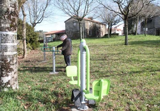 O Concello de Oroso instala parques biosaudables nas parroquias de Gándara, Marzoa, Os Ánxeles e Vilarromariz