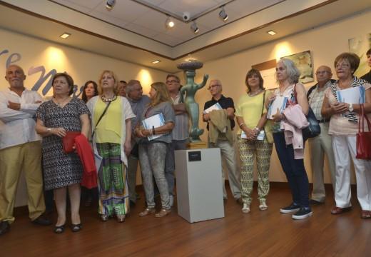 """31 artistas exhiben as súas creacións no Lustres Rivas coa mostra """"Entre Mares"""""""