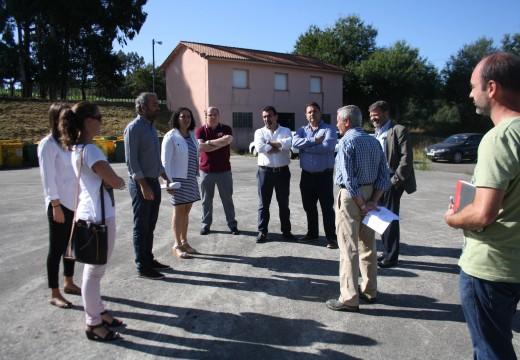 Comezanron en Céltigos as obras de construción do punto limpo que dará servizo aos concellos de Frades e Mesía, no que se invisten 260.000 €