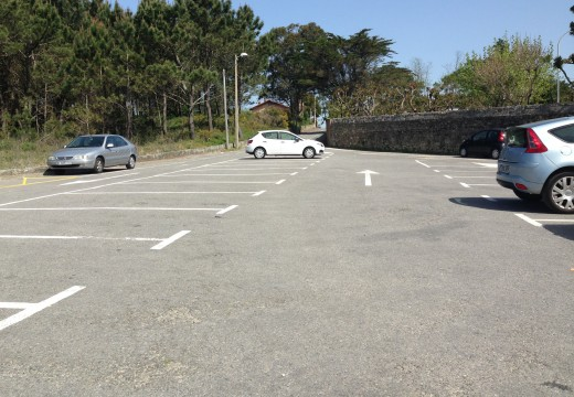 A Xunta concede unha achega para elevar a seguridade no acceso á praia de Coroso e o aparcamento á altura do cámping