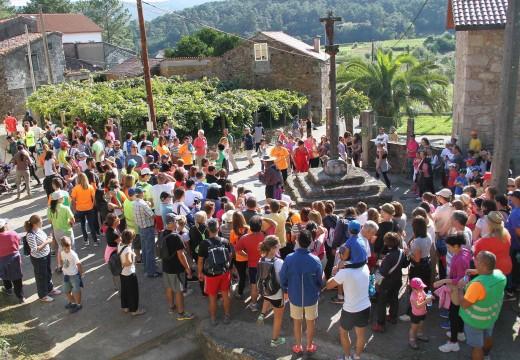 Preto de 300 persoas participaron no 'Camiño do Mercado', celebrado en Tállara