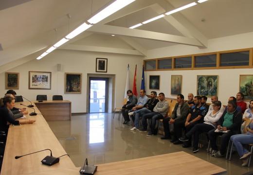 O pleno municipal de Brión aproba por unanimidade a Conta Xeral de 2014, que se pecha cun superávit de máis de 706.000 euros