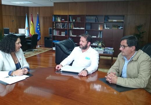 Belén do Campo recibe ao alcalde de Ponteceso, Lois García, para avanzar na colaboración entre a Xunta e o Concello