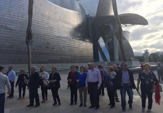 Un total de 58 veciños e veciñas de Frades participan nunha viaxe ao País Vasco e Burgos