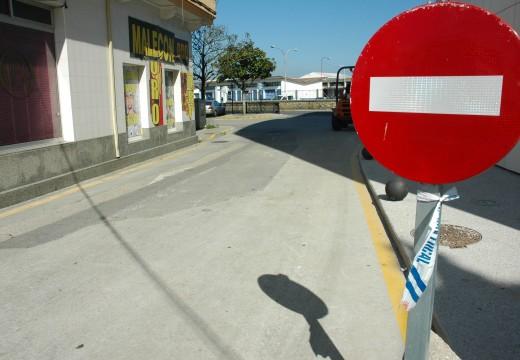 Luz verde á dotación dunha beirarrúa no tramo da rúa Canarias fronte ao novo mercado para mellorar a seguridade viaria
