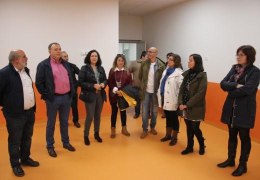 Belén do Campo visita o novo aulario do CEIP Otero Pedrayo, na Laracha, que se dotará de mobiliario nas vindeiras semanas