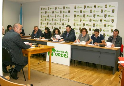 O pleno de Ordes aproba unha baixada de diversas ordenanzas fiscais