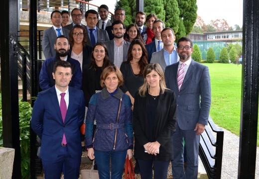 A directora de Turismo de Galicia visita o Workshop de emprego do Centro Superior de Hostalería de Galicia