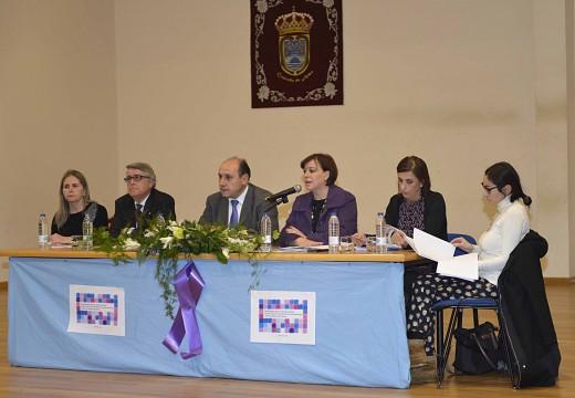 A Xunta avoga polo papel dos concellos para ofrecer unha atención máis áxil, eficiente e eficaz ás mulleres maltratadas