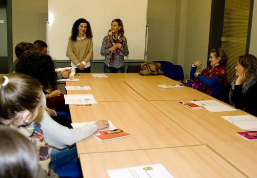 A concelleira de Educación dá a benvida e bríndalle todo o seu apoio  ao curso de Graduado en ESO para adultos