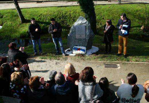 O pobo de Ordes honra a memoria de Ramiro Recouso Liste dedicándolle o seu paseo fluvial