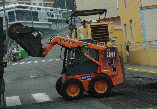 O concello pavimenta un tramo da rúa Cubeliños preto da Escola Infantil