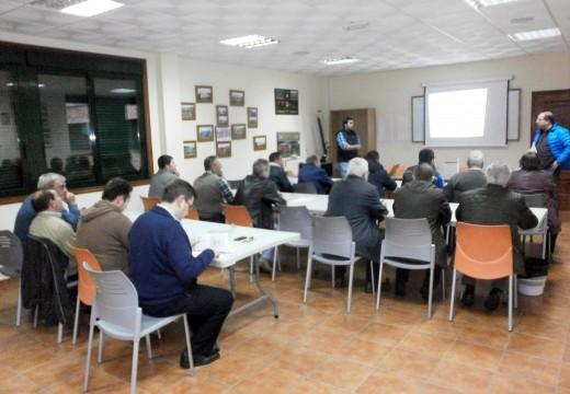 Veciños e veciñas de Frades participaron nun curso de xestión de residuos agropecuarios e forestais