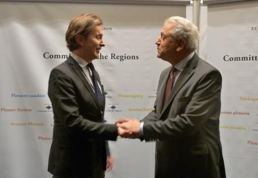 Galicia pide en Bruxelas involucrar máis ás rexións e cidades no debate sobre migración e a crise de refuxiados