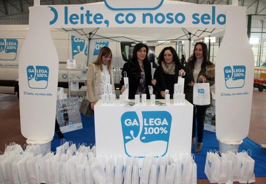 """A Xunta promociona o selo Galega 100% na Feira Agroalimentaria de Galicia """"Manxares"""""""