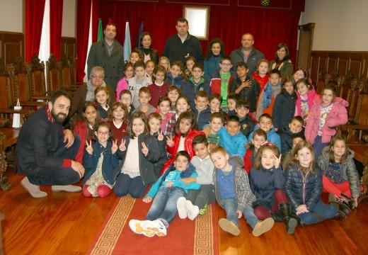 Xornada de visitas no Concello de Ordes co gallo do 37º aniversario da Constitución Española