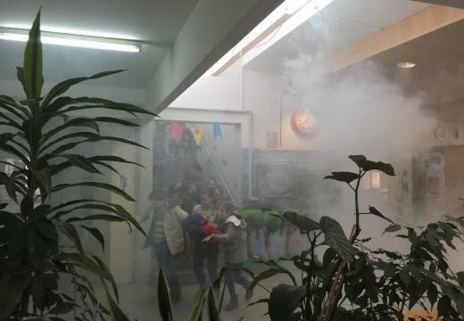Protección Civil leva a cabo un simulacro de incendio no CEIP Porfaro